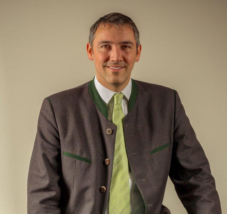 9. DR. INGO MEHNER